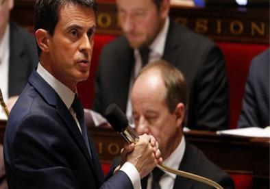 رئيس الوزراء الفرنسي يطالب الاتحاد الأوروبي بالحد من قبول اللاجئين