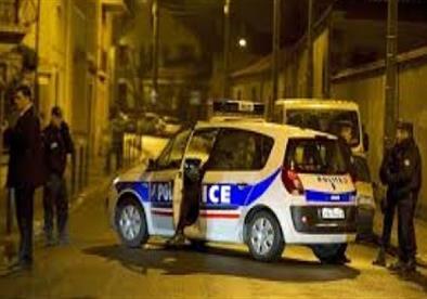 الشرطة الفرنسية تحرر الرهائن المحتجزين قرب بلجيكا
