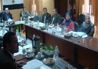 بالصور - مجلس جامعة دمياط يناقش يقيم آداء عمداء الكليات