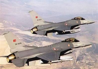 مقاتلات يونانية تتحرش بطائرات حربية تركية