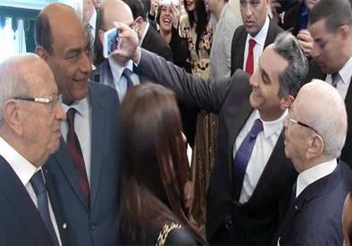 بالفيديو- باسم يوسف يثير ضحك جمهور مهرجان قرطاج بسبب الأهلي