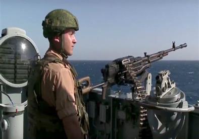 التوتر بين روسيا وتركيا: موسكو تعزز قدراتها الدفاعية في سوريا