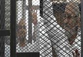 شاهد ماذا فعلالبلتاجى وبديع فى اول جلسات محكمة اقتحام سجن شرطة العرب