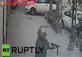 """""""رجل يطلق النار على المارة في محاولة للسطو على عربة مصفحة لنقل الأموال في إيطاليا  """""""