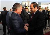 بالصور- السيسي يودع ملك الأردن في مطار القاهرة