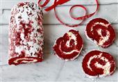 طريقة عمل السويسرول الأحمر من مطبخ منال العالم