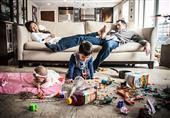 في صور أطرف مواقف واجهتها الأم مع أبنائها