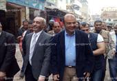 بالصور- في زيارة لبلطيم.. وزير التموين يفاجأ بغلق محال البدالين