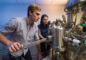 الاندبندنت: بريطانيا تمنع الطلاب الأجانب من دراسة العلوم النووية