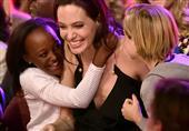 """بالصور: المشاهير وأطفالهم فى حفل """"توزيع جوائز الأطفال"""""""