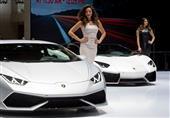بالصور.. عارضات معرض جنيف الدولي للسيارات