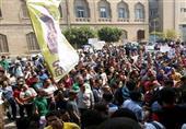 طلاب الإخوان ينظمون مسيرة تجوب جامعة القاهرة تنديداً بالطلاب المقبوضين