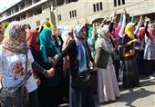 بنات الإخوان بالأزهر يحاولن حرق كافيتريا الجامعة