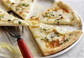 طبق اليوم: بيتزا البطاطس من مطبخ منال العالم