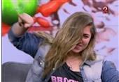 ابنة الفنانة نادية العراقية ترقص كوري على الهواء