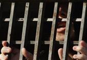 حبس صحفي نصب على