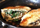 فيليه محشي بالمشروم: طبق اليوم من مطبخ منال العالم