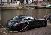تقنية حديثة لشحن السيارات الكهربائية لاسلكيا
