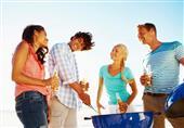 أفكار ذكية لا بد أن تقوم بها مع الأصدقاء في الصيف