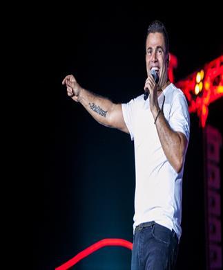 عمرو دياب يعود للغناء في الساحل الشمالي منتصف أغسطس