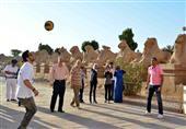 استياء في الأقصر بعد لعب كرة القدم داخل معبد الكرنك