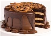 كيكة طبقات الشوكولاتة الداكنة والبيضاء في 7 خطوات