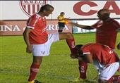 ابن ريفالدو يقبّل قدم والده في مباراة رسمية