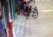 في الصين.. انفجار يحول شاب وفتاة إلى كرتين من اللهب