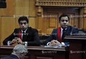 """مفاجأة.. نجل هشام بركات يمثل النيابة في أول جلسة لمرسي بعد إشارة """"الذبح"""""""