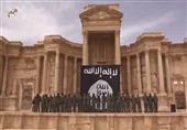 """بالفيديو والصور - أكبر عملية إعدام لجنود سوريين نفذها """"أطفال داعش"""""""