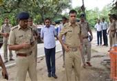 """""""الشرطة الهندية تشعل النار"""" في سيدة في أوتار براديش"""
