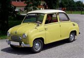 """بالصور.. متحف يحتفل بمرور 60 عامًا على مولد السيارة """"جوجو"""""""