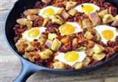 فطار اليوم: بيض بالبطاطس والبصل