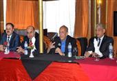 رئيس المصرية للاتصالات يلتقي العاملين بسنترالات سوهاج وأسيوط