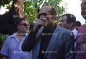 بالصور - نوبة بكاء تنتاب محمد صبحي أثناء تشييع جثمان المخرج هاني مطاوع