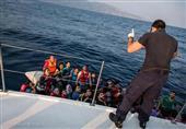 """اللاجئون السوريون.. """"أينما تذهب يدركك الموت غرقًا أو خنقًا"""""""