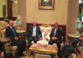 بالصور.. الرئيس اليمني يصل القاهرة لحضور افتتاح قناة السويس الجديدة