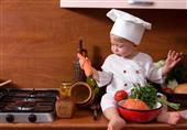 4 أطعمة توجد في المطبخ يومياً تهدد حياة طفلك