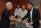 """الإبراشي عقب تكريم بطل مصر في الملاكمة: """"إشتغل رقاصة أحسن"""""""
