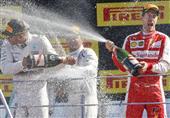 هاميلتون يصدم فيراري ويتوج بسباق فورمولا1 الإيطالي