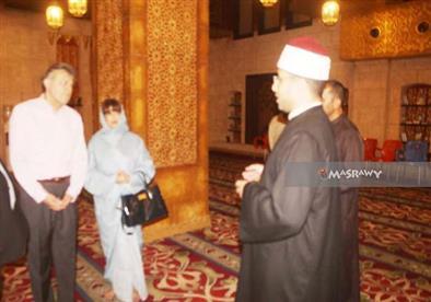 بالصور .. سفير بيرو يزور مسجد الصحابة في شرم الشيخ