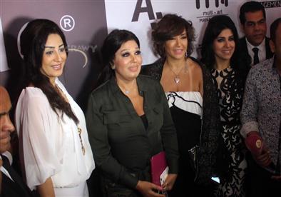 ختام أسبوع الموضة اللبناني بالقاهرة بحضور نجوم الموضة والفن والمجتمع