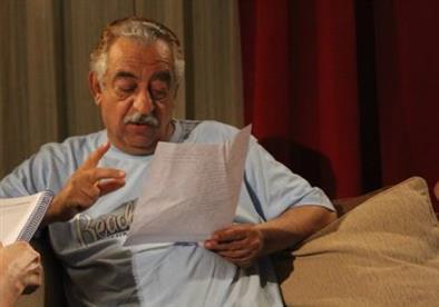 """أحمد راتب يغيب عن مشاهدة أخر أفلامه"""" جواب اعتقال"""""""