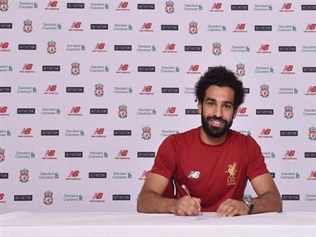 رسميًا.. صلاح ينتقل إلى ليفربول
