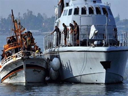 إنقاذ أكثر من 200 مهاجر إلى أوروبا من إفريقيا في مضيق جبل طارق
