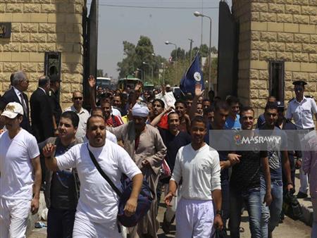 قرار جمهوري بالعفو عن بعض المحبوسين احتفالًا بعيد الشرطة وثورة يناير