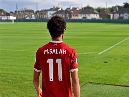 """نجم ليفربول السابق يكشف.. لماذا صلاح لاعب """"مذهل"""" لفريقه؟"""