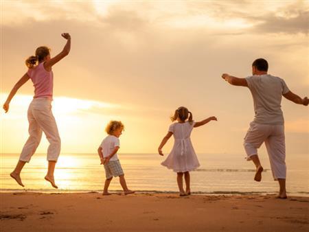 5 نصائح ذهبية لتوفير الأموال في العطلات