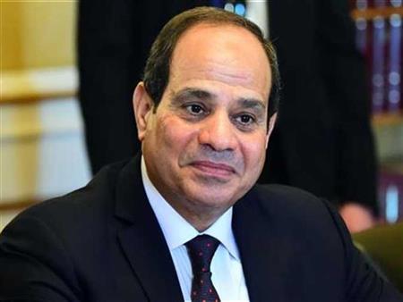 """السيسي لـ""""المصريين"""": """"لازم نحط إيدينا في إيد بعض"""" - فيديو"""