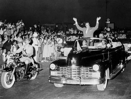 في مئويته.. تعرف على أبرز سيارات الزعيم جمال عبدالناصر (صور)